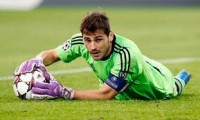 Madrid Harus cari pengganti Casillas