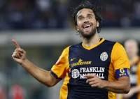 Luca Toni jadi penghancur Napoli