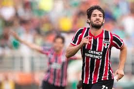 Pato Berniat kembali bermain di Italia