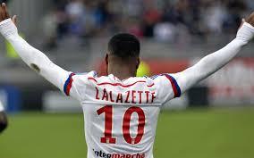 peluang Liverpool untuk dapatkan Lacazette cukup besar