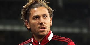 Cerci resmi bergabung dengan Genoa dengan status sebagai pemain pinjaman