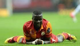 Eboue memiliki keinginan untuk dapat bisa kembali bermain bersama Arsenal